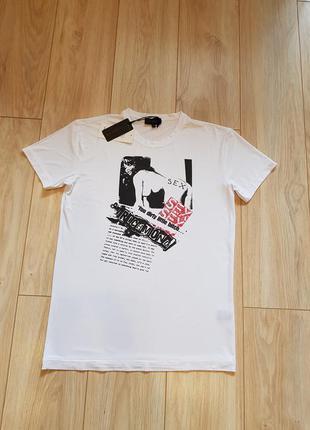 Мужская футболка richmond. новая.