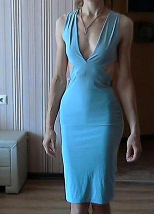 Шикарное платье prettylittlething р.м,л
