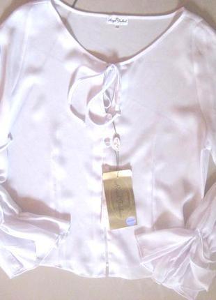 Нежная блуза, рукав рюша