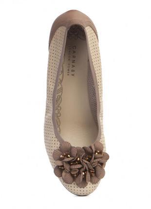 Невесомые балетки в пастельных тонах, аппликация из кожи и страз, р 37, carnaby