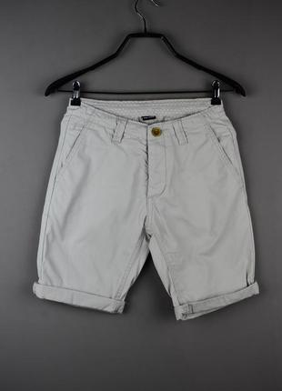 Стильные шорты от cedarwood state
