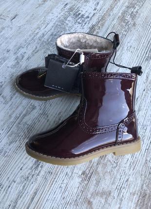 Zara сапожки ботинки 25 размер лак