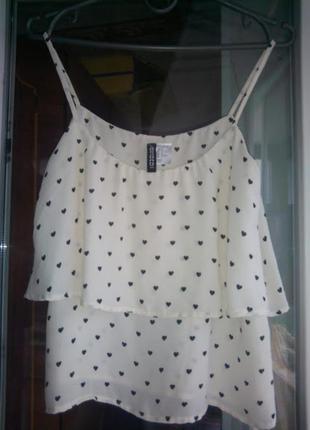 Летний топ divided h&m   легкая блуза майка на тонких бретелях  с воланом в сердечки