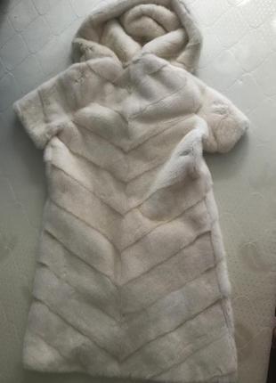 Норковая шуба жилетка