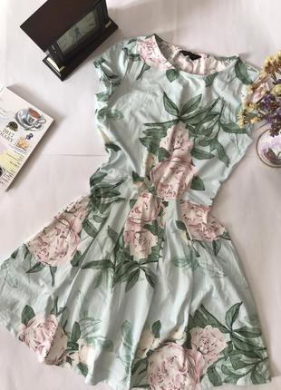 Платье в принт цветы dorothy perkins