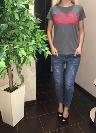 Женская футболка levis размер s,m,l,xl люкс качество! цвет белый, черный, серый