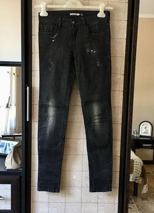 Стильні джинси stradivarius