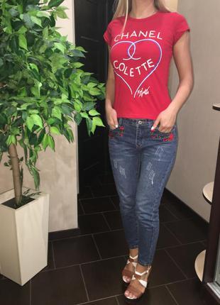 Женская футболка в стиле chanel