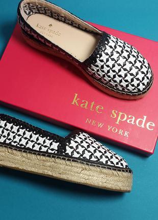 Kate spade new york оригинал черно-белые кожаные слипоны на платформе бренд из сша
