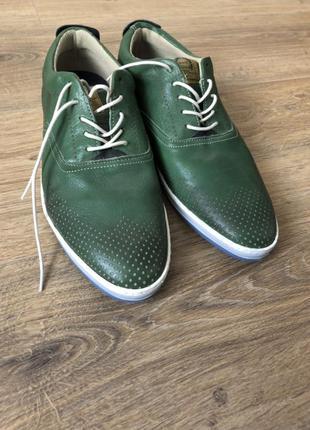 Стильные летние туфли-мокасины bullboxer.