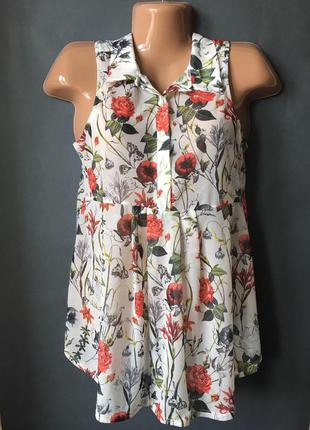 Легкая блуза с цветочным принтом