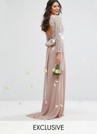 Платье макси со шлейфом и открытой спинкой