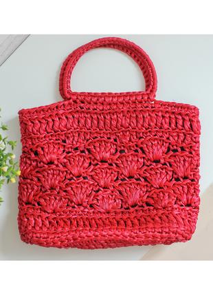 Летняя плетенная сумка красная