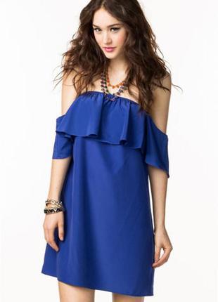 Шикарное платье с открытыми плечами atmosphere