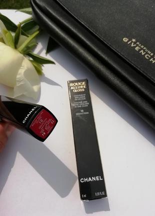 Стильный блеск для губ chanel rouge allure gloss