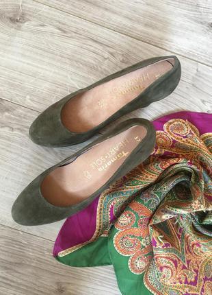 Ортопедические замшевые туфли босоножки от tamaris heart & sole