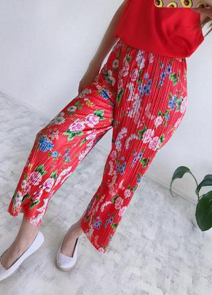Кюлоти плісе xl кюлоты плиссе красные в цветы брюки женские