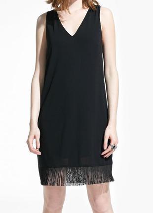 Короткое платье с бахромой новое с этикеткой s, m
