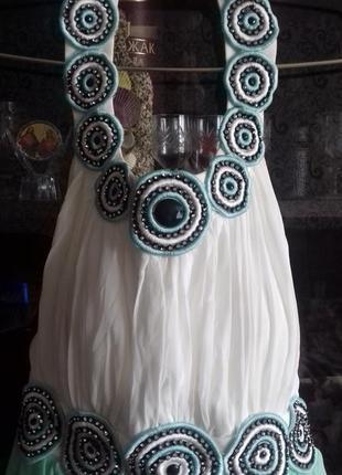 Очень красивое,нарядное платье