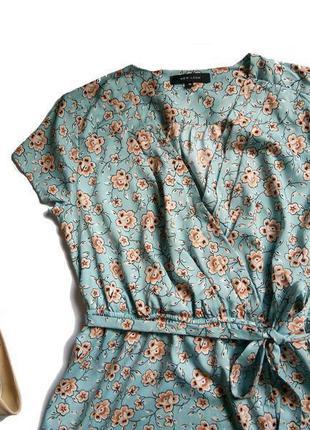 Нежнейшее голубое платье в цветочный принт