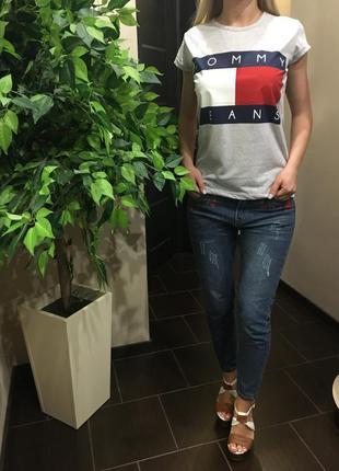 Женская футболка в стиле tommy jeans размер s,m,l