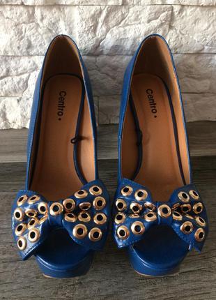Очень милые туфли с бантиком