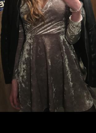Сексуальное велюровое платье forever21