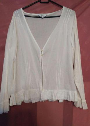 Легкая белая блуза на 2 пуговицах р.18