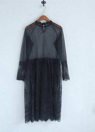 Прозрачное чёрное и белое кружевное платье в горошек миди