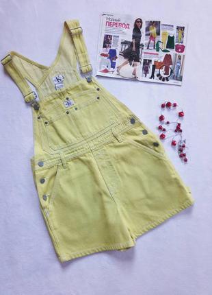 Желтый джинсовый комбинезон calvin klein