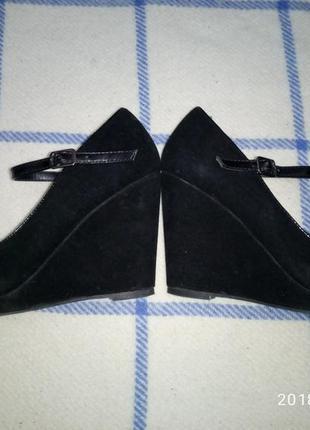 Туфли на танкетке р.  36 стелька 23 см