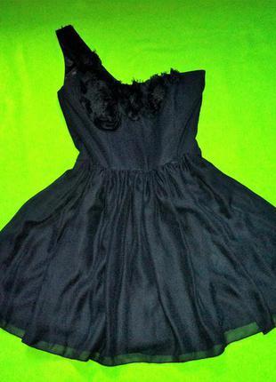 Пышное шикарное черное платье платье к выпускному