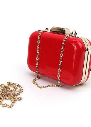 Красная маленькая лаковая сумка-клатч бокс вечерняя через плечо