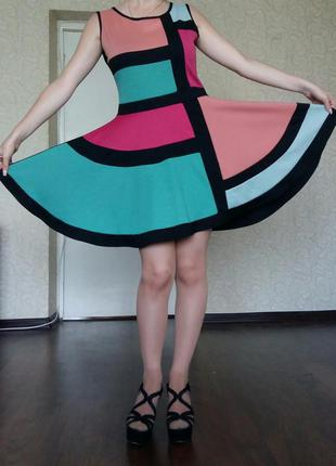 Яркое платье яскрава сукня плаття
