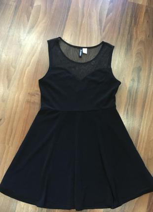 Чёрное платье, платьице милое.