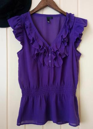 Воздушная сиреневая блуза с рюшами от h&m