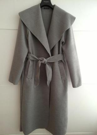 Итальянское шерстяное пальто-халат бархатного серого цвета, размер s\m
