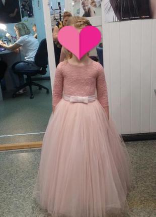 Шикарное выпускное платье.2 фото
