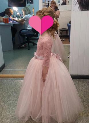 Шикарное выпускное платье.3 фото