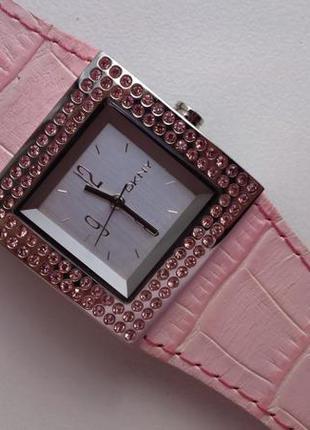 Часы dkny essentials ny3370 оригинал!