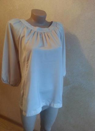 Стильна блузочка  з кишенями