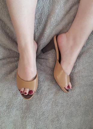 Нюдовые сандали мюли