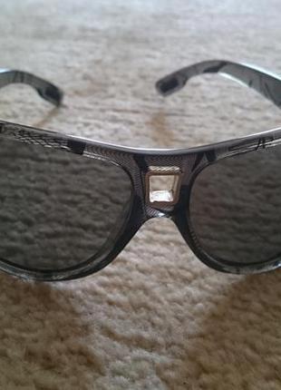 Оригинальные очки .polaroid furore