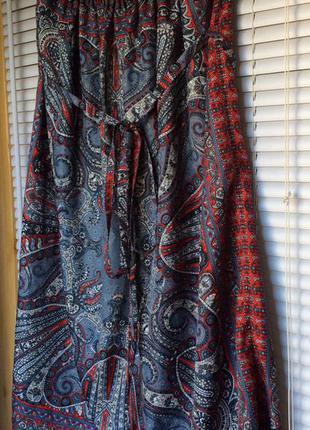 Яркая юбка бренда sisley
