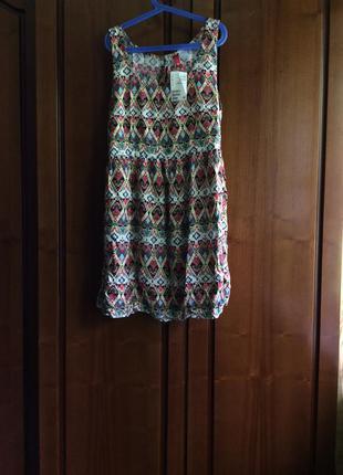 Летнее яркое легкое короткое платье