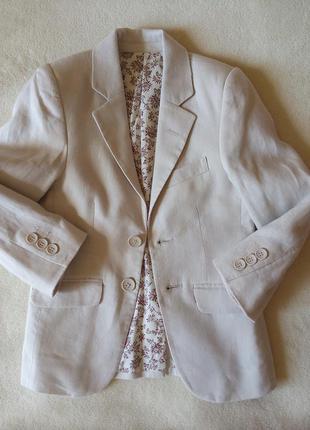 Продам пиджак  на  5 лет рост 110 см фирмы autograph