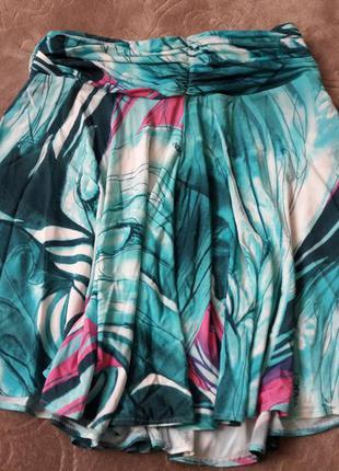 Шикарная летняя юбка versace.