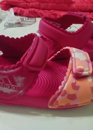 Фирменные босоножки adidas, размер 22
