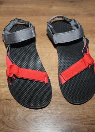 Легкие комфортные сандалии от американского бренда teva, оригинал