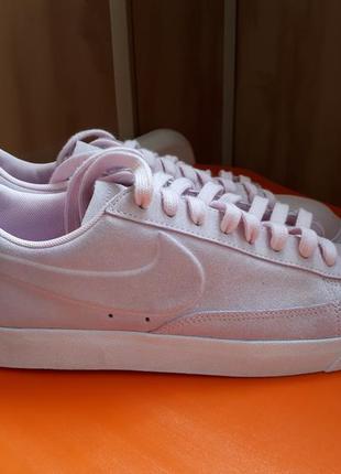 Крутые нежно розовые кроссовки кеды nike оригинал натуральный замш 40-41р.